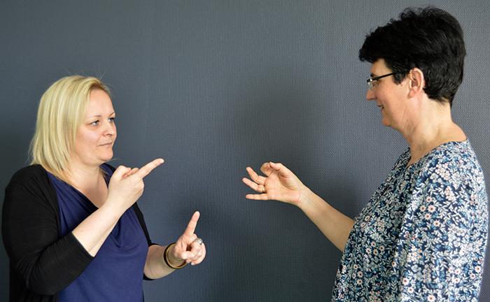 CMP signes accueille les patients sourds en langue des signes