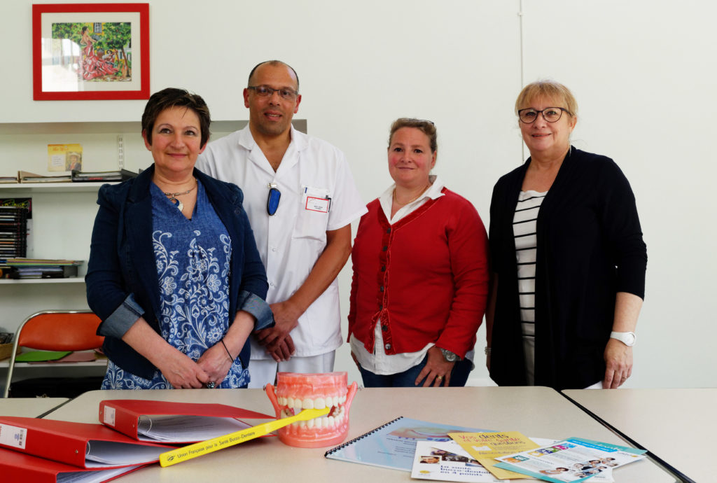 L'équipe de prévention des soins dentaires à JB Pussin