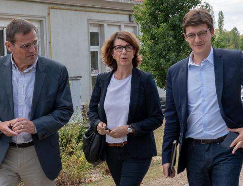 Visite du Député Sacha Houlié au CH Laborit